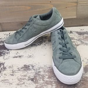 Converse Suede Military Green Low Tops size 9